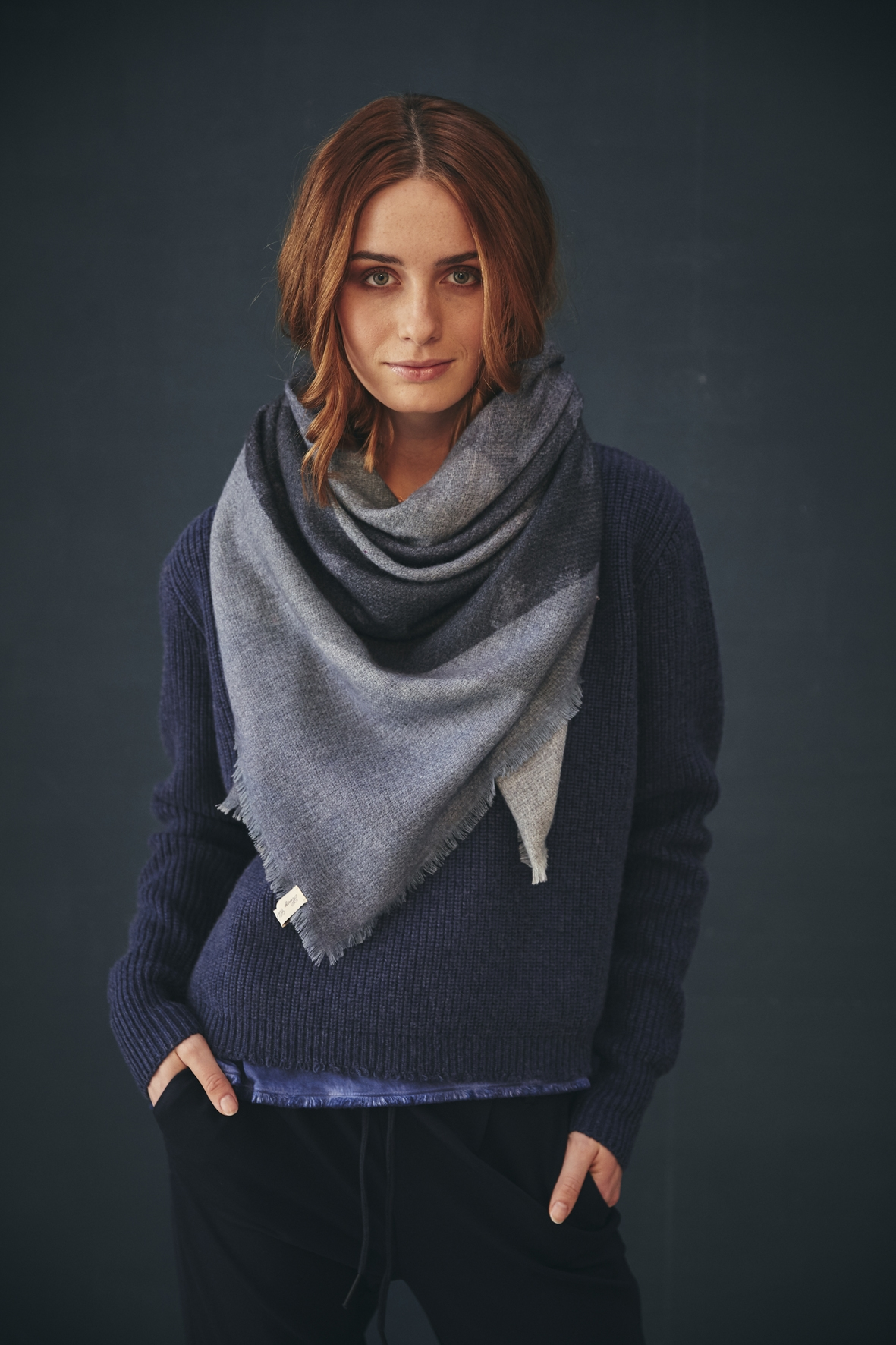 Henry-Christ-Scarf-Pullover-Cashmere